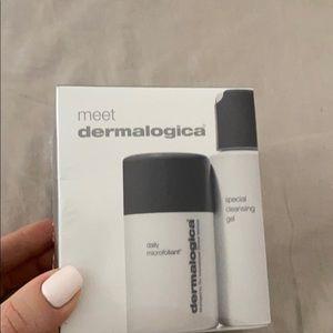 Meet dermalogica set